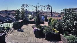 terrazzo con vista a milano